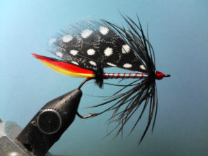 tying trout fly